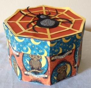 Halloween box 3