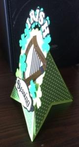 Side view of Irish harp card